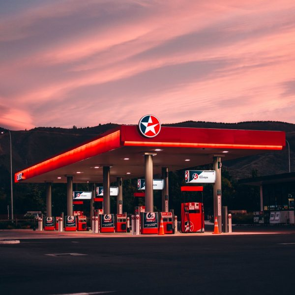 gas-station-3396669